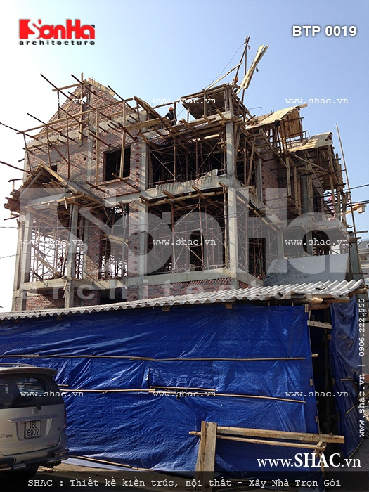 Hình ảnh thực tế thi công trọn gọi biệt thự kiểu Pháp 3 tầng tại Quảng Ninh