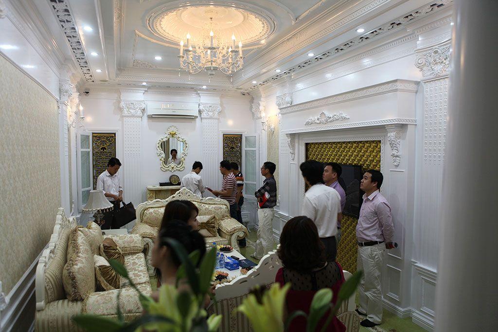 shac-khai-truong-showroom-2