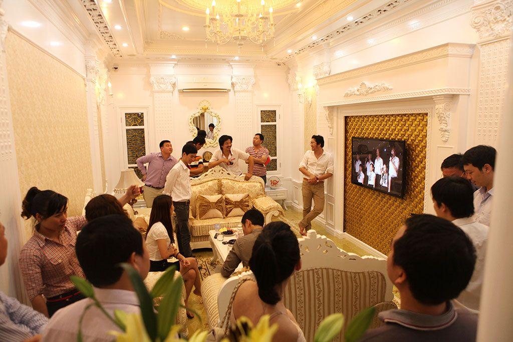 shac-khai-truong-showroom-3