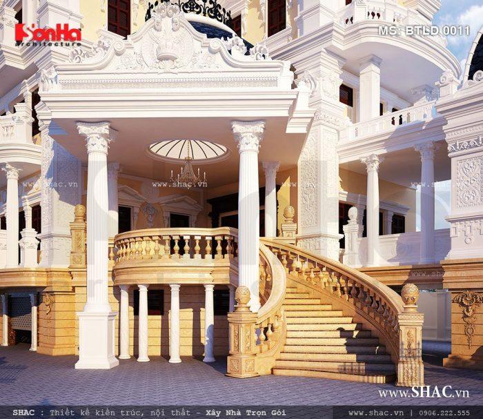 Các đường nét tạo hình cầu kỳ được bố trí một cách có duyên tạo nên mặt tiền biệt thự cổ điển đẹp
