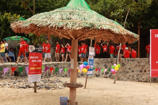 khoanh-khac-teambuilding-2014-14