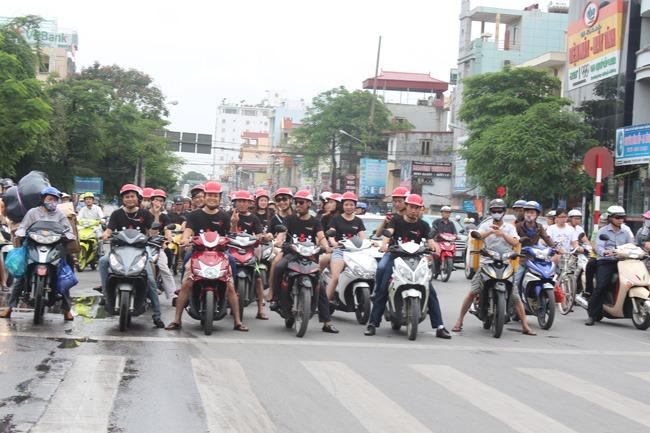 khoanh-khac-teambuilding-2014-2