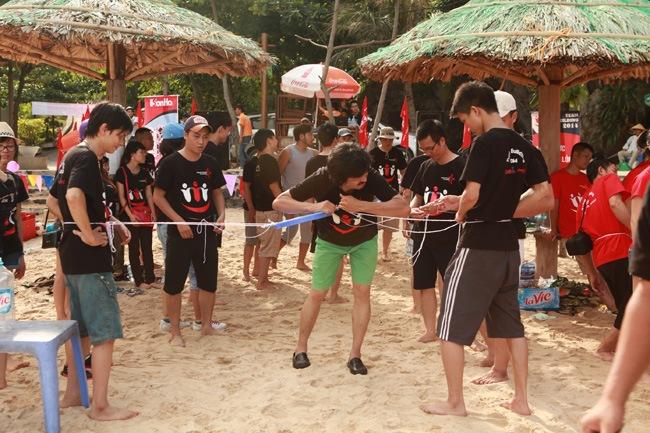 khoanh-khac-teambuilding-2014-25