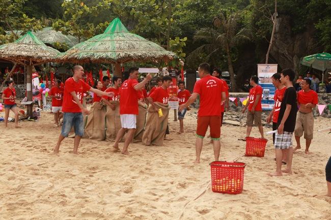 khoanh-khac-teambuilding-2014-29