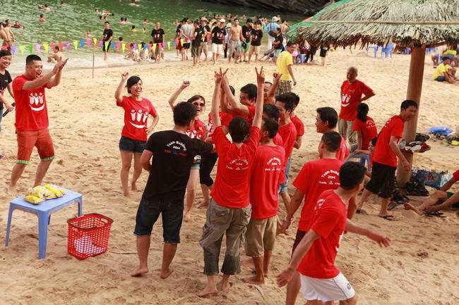 khoanh-khac-teambuilding-2014-30