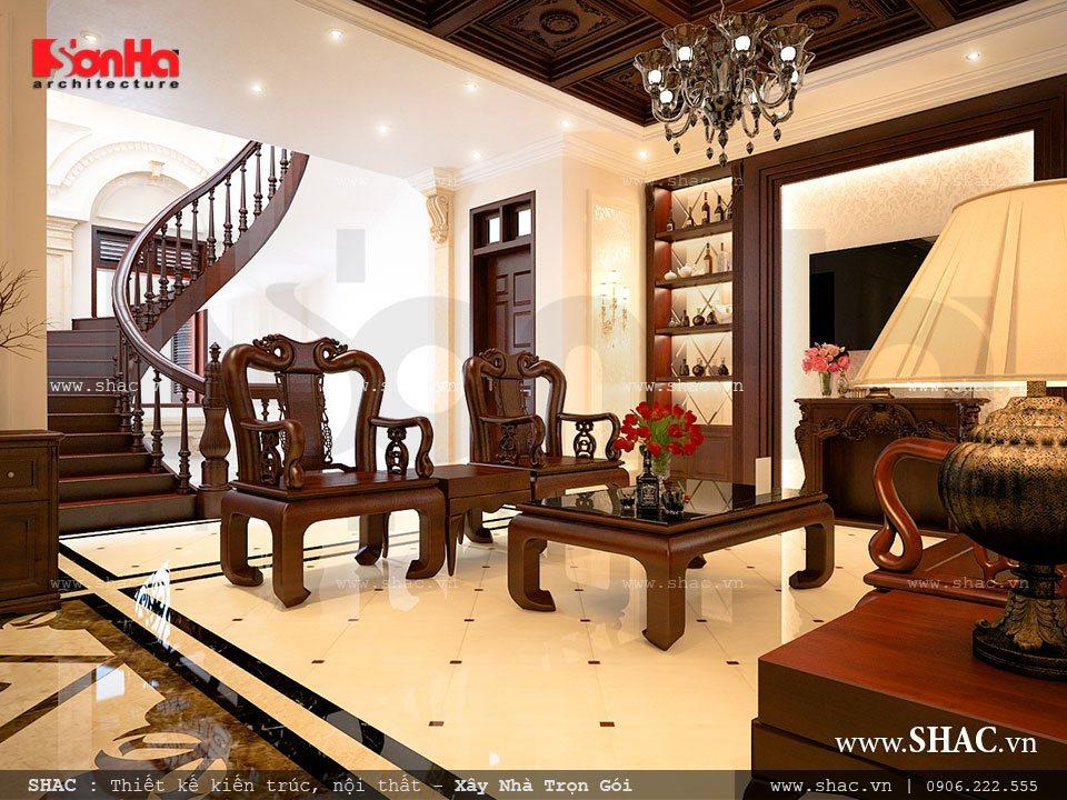 Thiết kế phòng khách với nội thất gỗ sang trọng