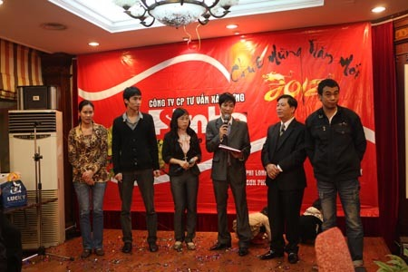 tang-qua-chao-xuan-2012-shac-2012