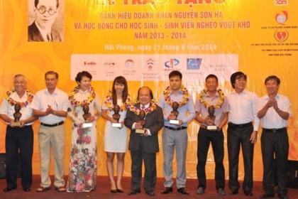 Giải thưởng doanh nhân Nguyễn Sơn Hà 2014