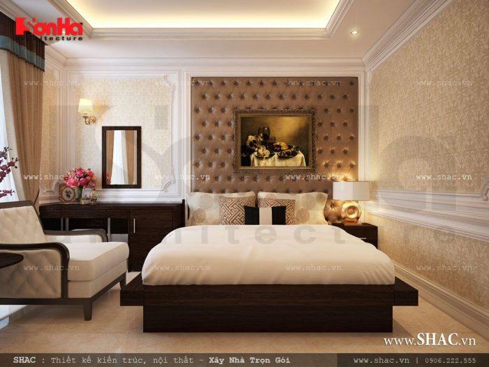 Sự lịch thiệp, trang trọng và ngăn nắp được hội tụ đủ trong không gian phòng ngủ khách sạn bề thế này