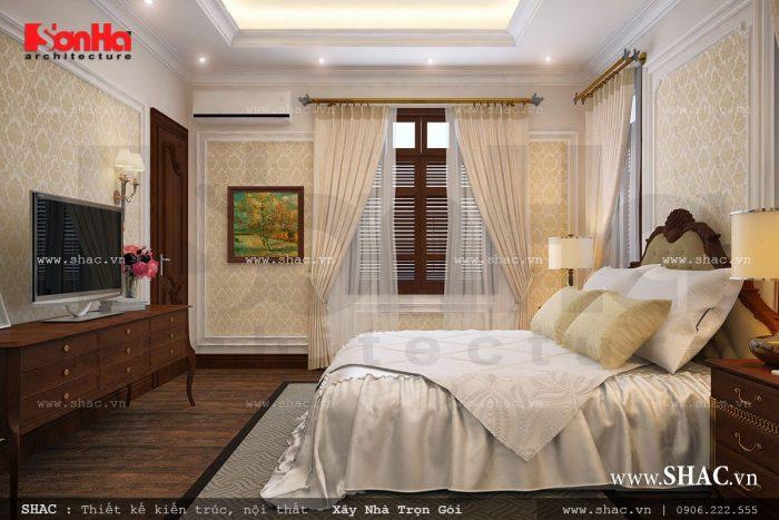 Không gian phòng ngủ bố mẹ được thiết kế nội thất cổ điển đơn giản nhưng trang nhã trong không gian thoáng đãng