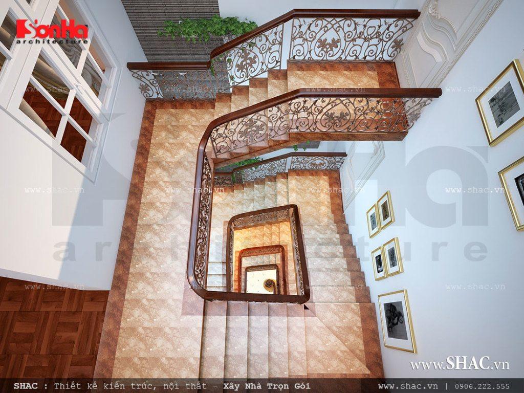 Thiết kế cầu thang hình xoắn ốc sang trọng và đẹp mắt cho mẫu nhà phố kiểu cổ điển