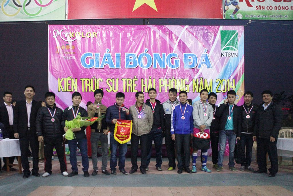 Chung kết giải bóng đá kiến trúc sư trẻ năm 2014 1