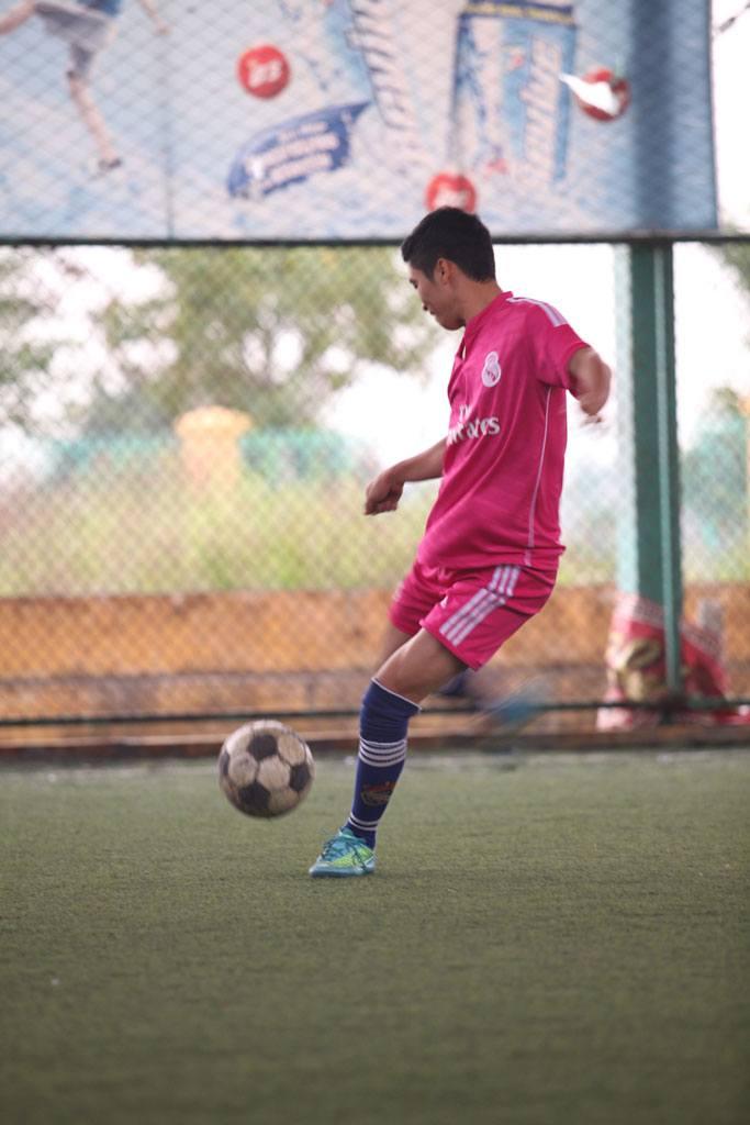 Chung kết giải bóng đá kiến trúc sư trẻ năm 2014 3