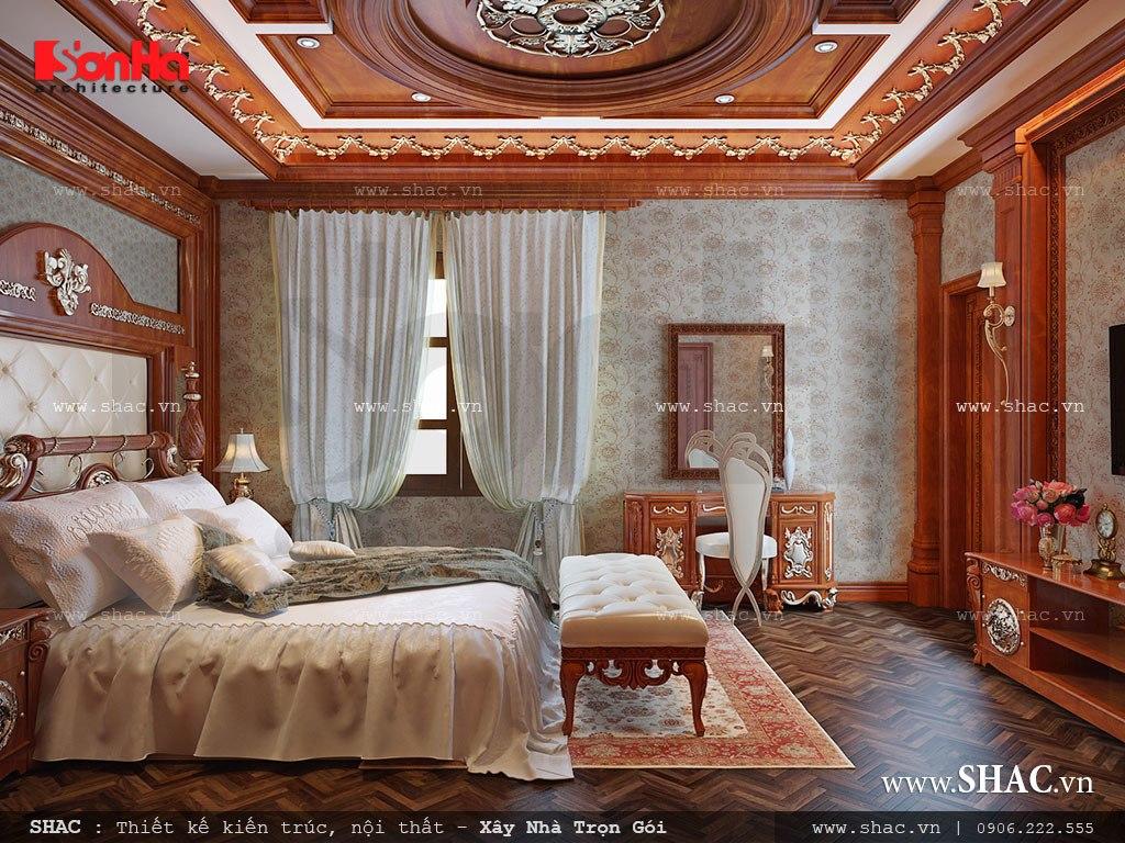 Trần phòng ngủ cao tạo không gian thoáng đãng, không khí lưu thông tránh sự ngột ngạt mang lại sức khỏe cho chủ nhân sau nhưng giấc ngủ ngon và sâu