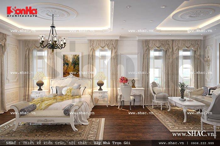 Lấy ý tưởng thiết kế chủ đạo là gam màu trắng thanh thoát KTS Sơn Hà đã thiết kế không gian phòng ngủ của biệt thự cổ điển trở nên trang nhã, hài hòa