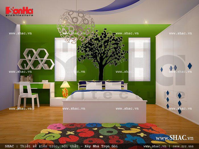 Sắc xanh đầy sinh động được khéo léo kết hợp với các gam màu cá tính khác biến không gian phòng ngủ trở thành nơi học tập,vui chơi lý thú