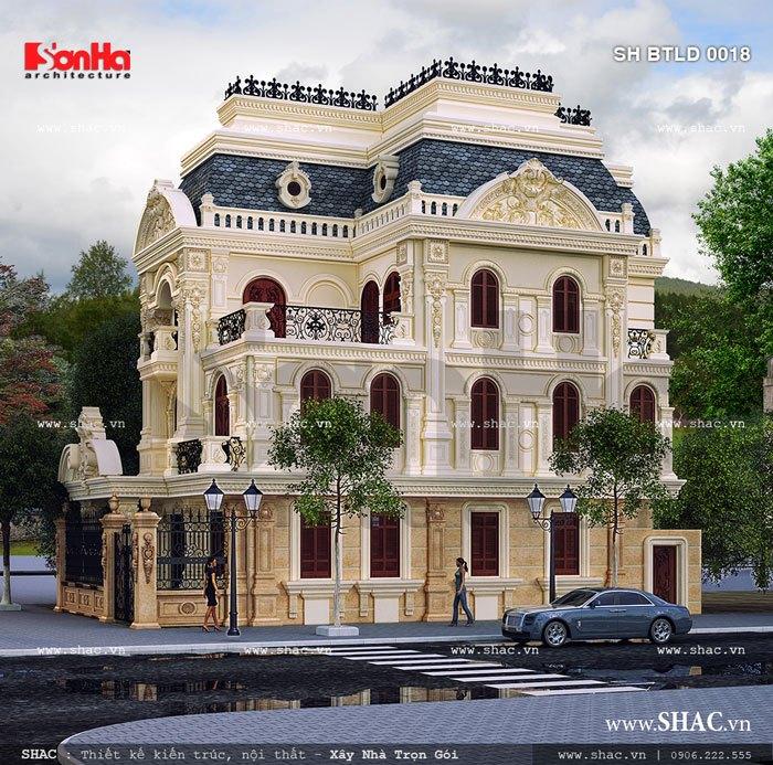 Ngoại thất biệt thự lâu đài cổ điển chinh phục sự hài lòng của chủ đầu tư bởi hệ thống phào chỉ tinh tế, bắt mắt không thể không ngước nhìn