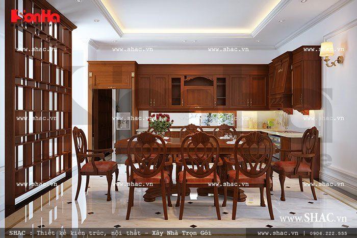 Không gian phòng bếp ăn sang trọng với thiết kế nội thất gỗ cổ điển tiện nghi ấm cúng