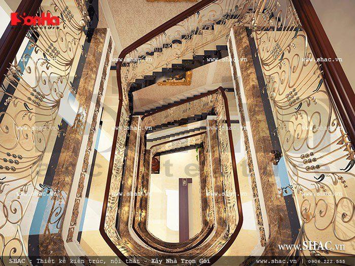 Hệ thống cầu thang tuyệt đẹp được đầu tư thiết kế tại khách sạn mini 5 tầng kiểu Pháp