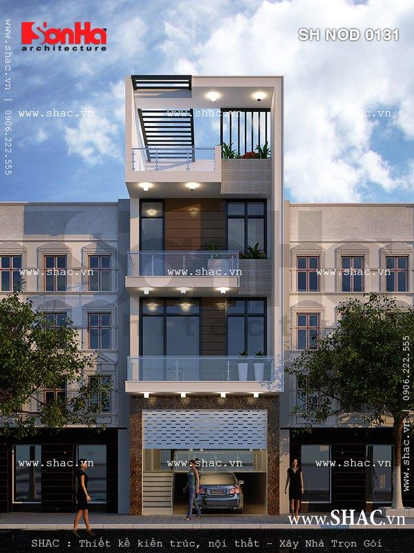 Ban công kính có vai trò quan trọng trong việc làm mềm kiến trúc nhà phố kiểu hiện đại