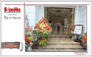 Ảnh thực tế cửa nhà hàng cổ điển Pháp tại Quảng Ninh sh bck 0035