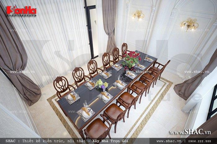 Một phòng ăn sang trọng của nhà hàng sh bck 0035
