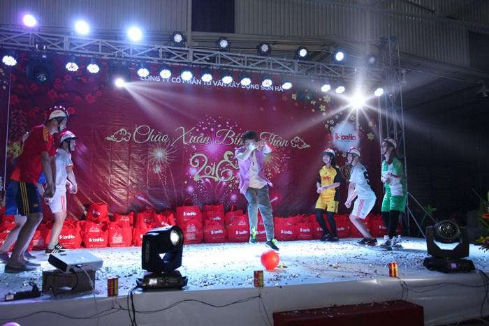 chuong-trinh-tet-2016-24