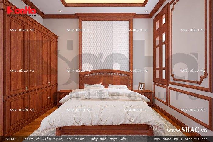 Căn phòng ngủ nhỏ dành cho người giúp việc cũng được trang bị đầy đủ vật dụng, và việc lấy sáng và gió cũng được chú trọng nhất trong quy trình thiết kế