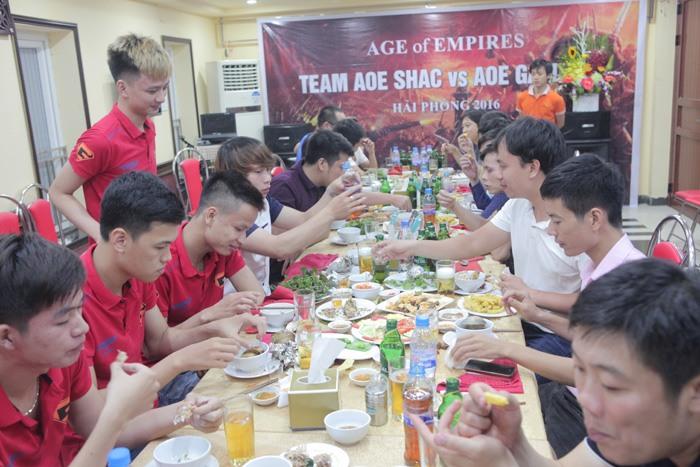 Giao luu AOE GameTV - Hoi kien truc su va Xay dung Hai Phong (27)