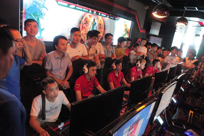 Giao luu AOE GameTV - Hoi kien truc su va Xay dung Hai Phong (3)