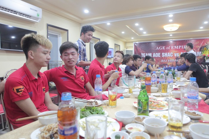 Giao luu AOE GameTV - Hoi kien truc su va Xay dung Hai Phong (32)