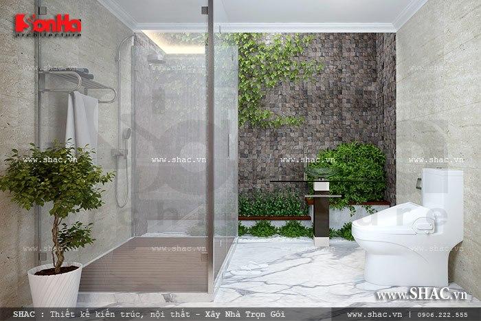 Thiết kế phòng vệ sinh rộng và thoáng với cách bố trí hợp lý hài hòa với thiên nhiên xung quanh đem tới phút giây thư giãn lý tưởng cho các thành viên