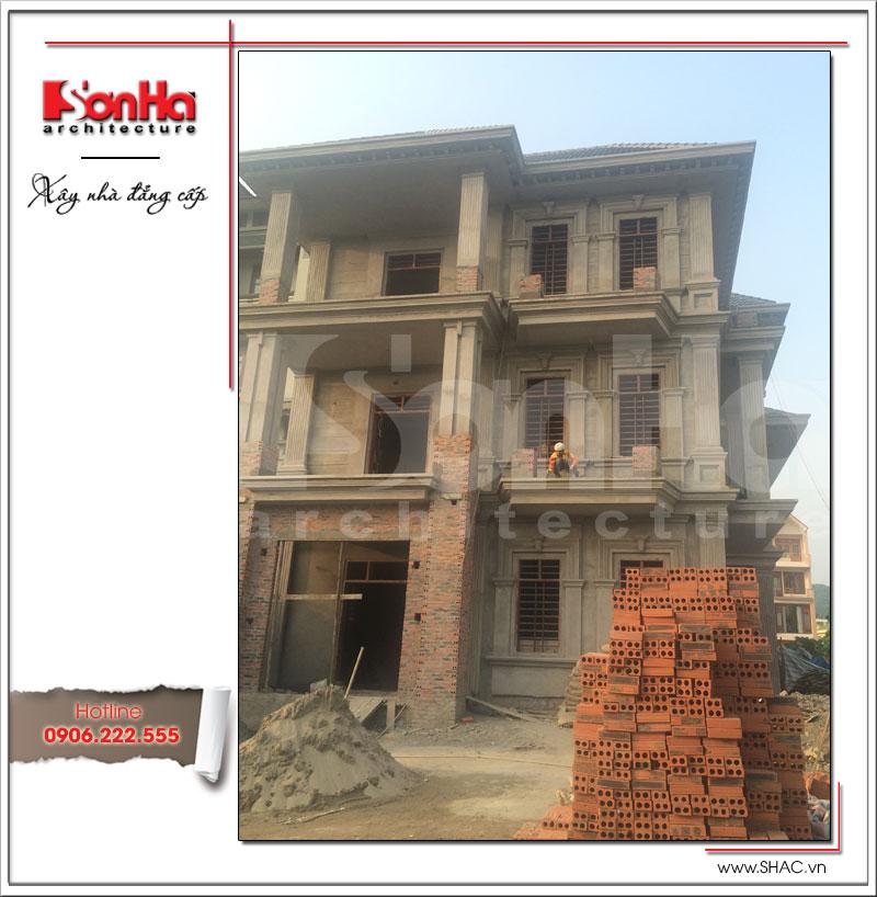 Còn đây là hình ảnh công trình biệt thự Pháp cổ điển 3 tầng tại Quảng Ninh được thi công thực tế