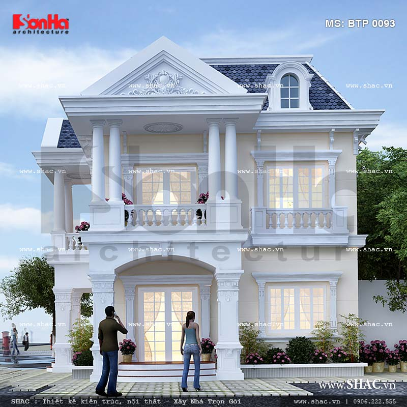Kiến trúc mặt tiền của biệt thự kiểu Pháp 2 tầng sang trọng nổi bật bởi sự kết hợp một cách tinh tế giữa sơn trắng thuần thiết và hệ mái ngói đá xamh đẳng cấp