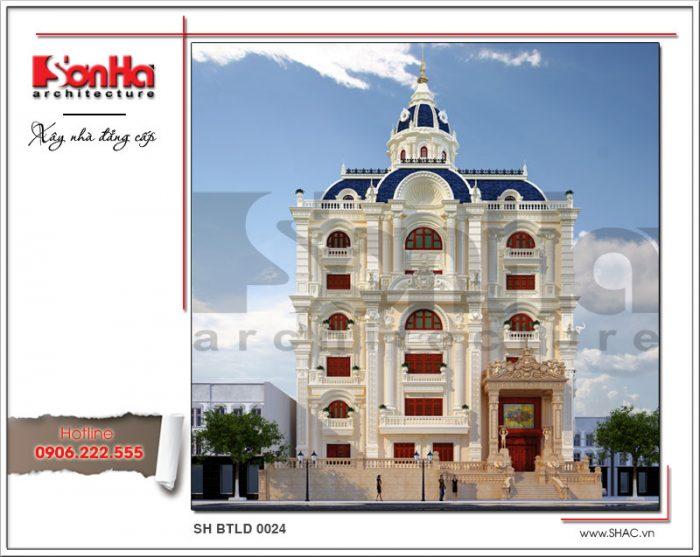 Bên cạnh đó ngôi biệt thự 6 tầng lâu đài cổ điển còn nổi bật với sự kết hợp màu sắc có chiều sâu