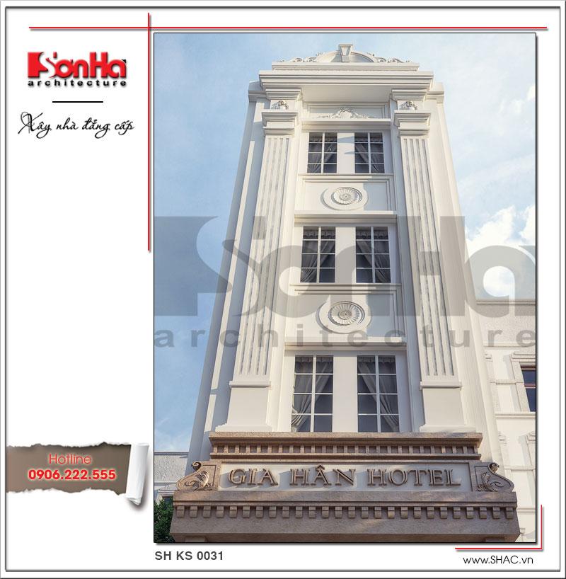 Đường nét tinh tế và thanh nhã góp phần quan trọng làm nên kiến trúc sang trọng của khách sạn