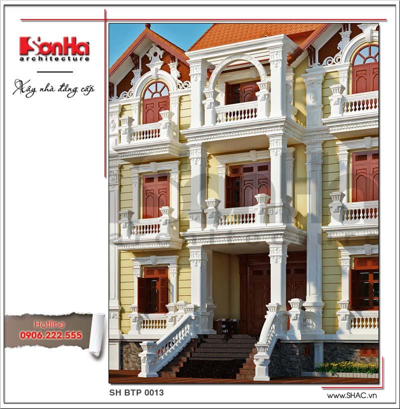 Đường nét hoa văn kiến trúc được đắp vẽ tinh xảo mềm mại của mẫu thiết kế biệt thự Pháp 4 tầng
