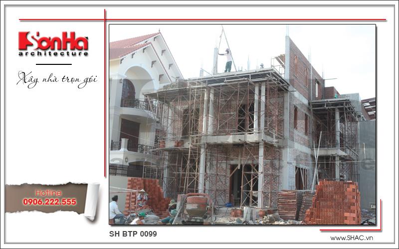 Thiết kế biệt thự 3 tầng tân cổ điển đẹp tại Quảng Bình - SH BTP 0099 22