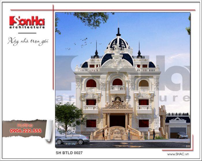 Không gian ngoại thất đồ sộ của biệt thự 3 tầng lâu đài cổ điển tại Quảng Ninh đầy thuyết phục
