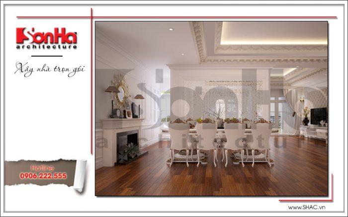 Không gian phòng ăn rộng của căn hộ được đầu tư thiết kế nội thất cổ điển tiện nghi