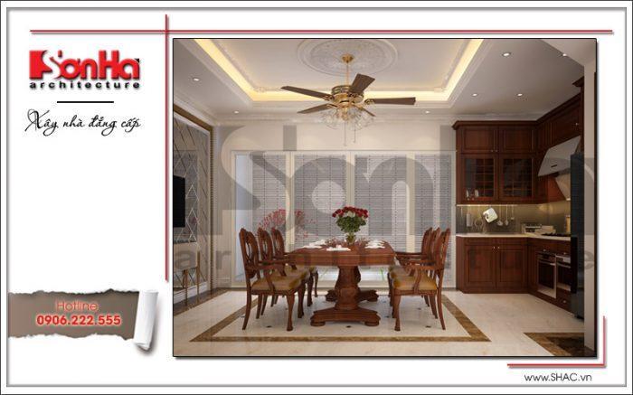 Thiết kế nội thất phòng bếp ăn được đánh giá cao bởi sử dụng tinh tế các vật liệu cao cấp