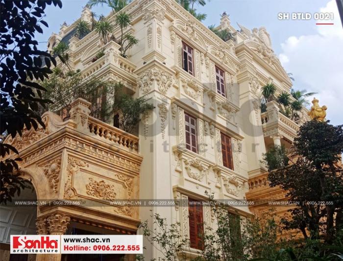 Biệt thự lâu đài tại Hà Nội được hoàn thiện thi công với sự kỹ càng về thời điểm