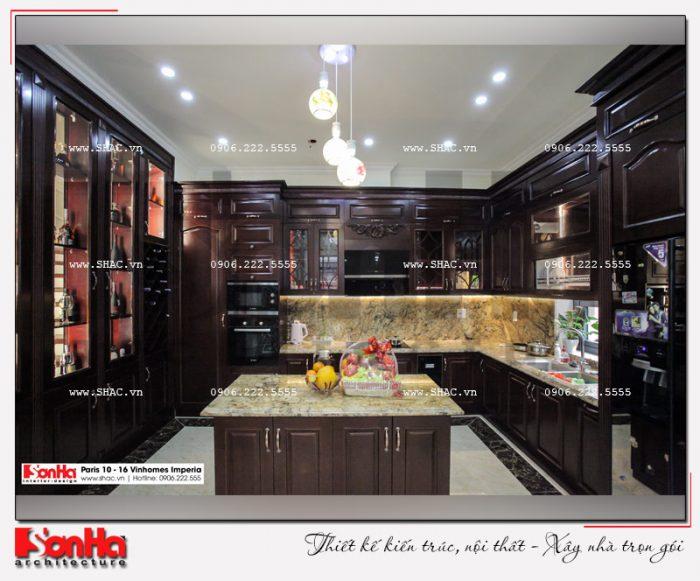 Bộ tủ bếp chữ L gỗ thịt làm sáng bừng không gia căn bếp thiết kế đầy phong cách