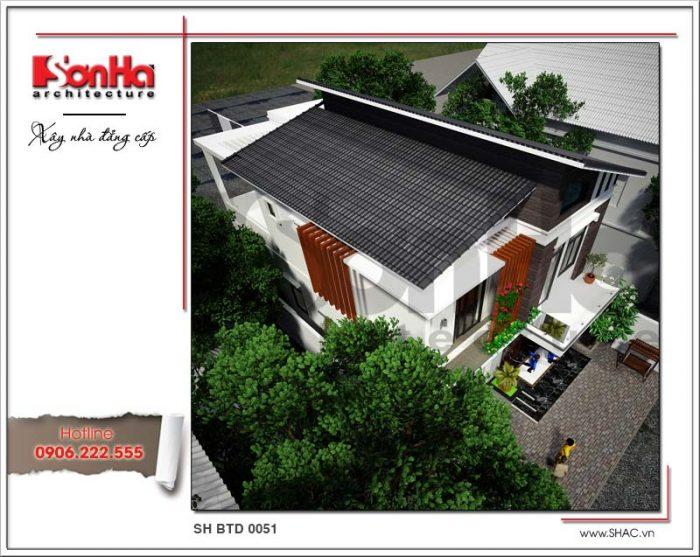 Góc view tổng thể cho thấy qui hoạch đẹp mắt của ngôi biệt thự mái thái 2 tầng đẹp này