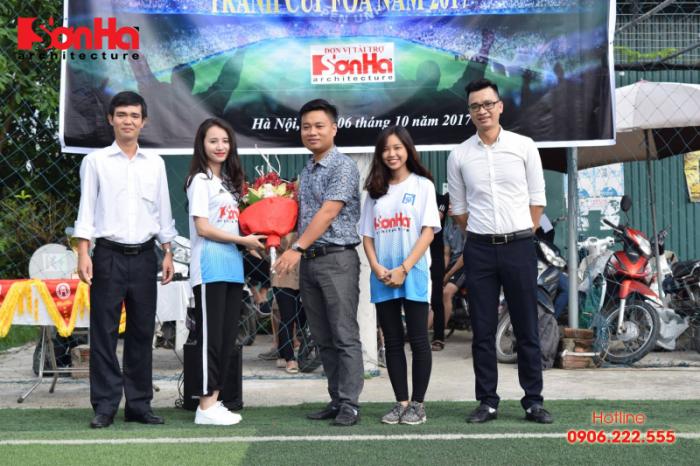Sơn Hà Architecture hân hạnh đồng hành cùng Giải bóng đá sinh viên khoa Kiến trúc (Viện Đại học Mở) (3)
