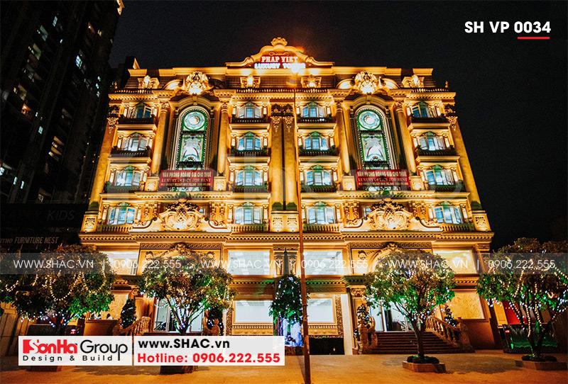 Mẫu thiết kế tòa nhà văn phòng kiến trúc Pháp sang trọng 6 tầng tại Sài Gòn – SH VP 0034 4