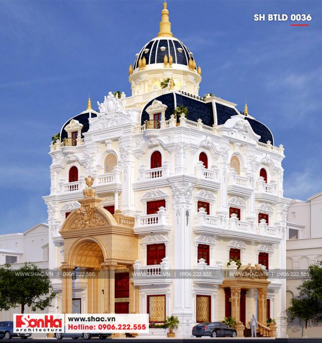 Kiến trúc biệt thự cổ điển được tôn thêm nét sang trọng nhờ mái vòm đẳng cấp