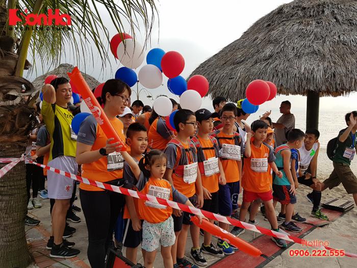 KTS Sơn Hà Architecture tham gia Ha Long Bay Marathon 2018 góp từ thiện (5)