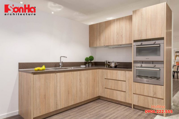 Mẫu tủ bếp gỗ rất phù hợp cho không gian phòng bếp diện tích nhỏ
