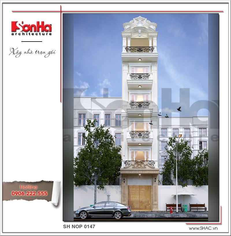 Mặt tiền đẹp của ngôi nhà phố kiến trúc Pháp tại Sài Gòn có thang máy